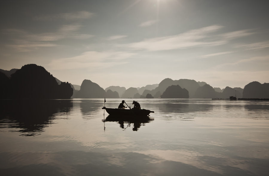 halong bay weather in January morning time