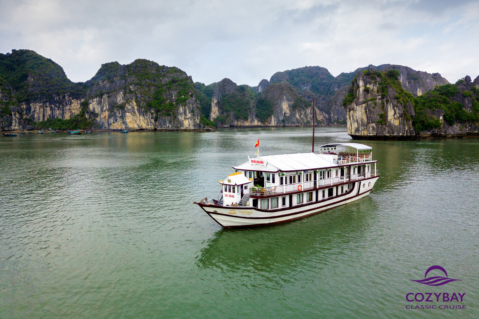 cozy bay classic cruise halong bay