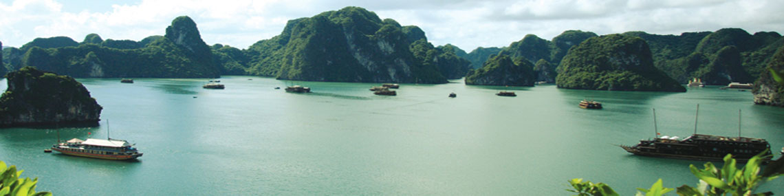 Bai tu long bay vietnam, best things to do in Bai tu long bay, how to get to Bai tu long bay from hanoi, how to get to Bai tu long bay from halong bay, how to get to Bai tu long bay from ninh binh