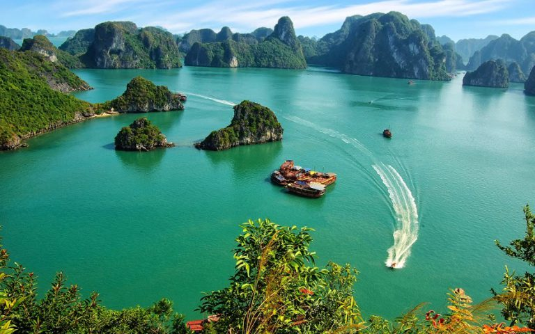 halong bay weather in June, best time to visit halong long bay