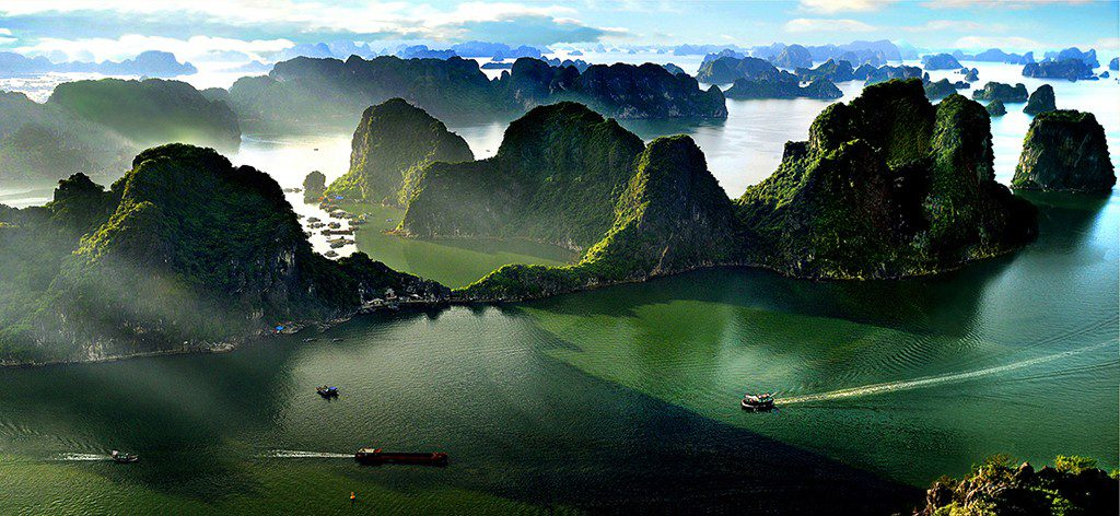 halong bay weather in May