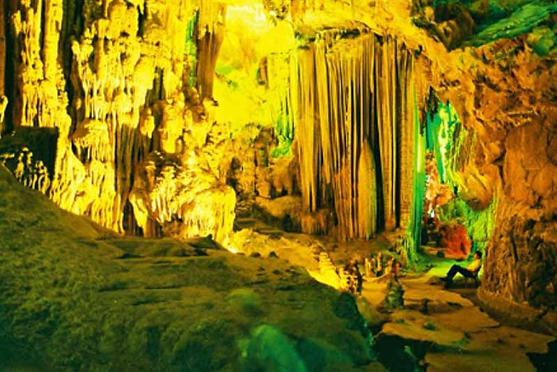 tam cung cave, cave tam cung, halong bay caves