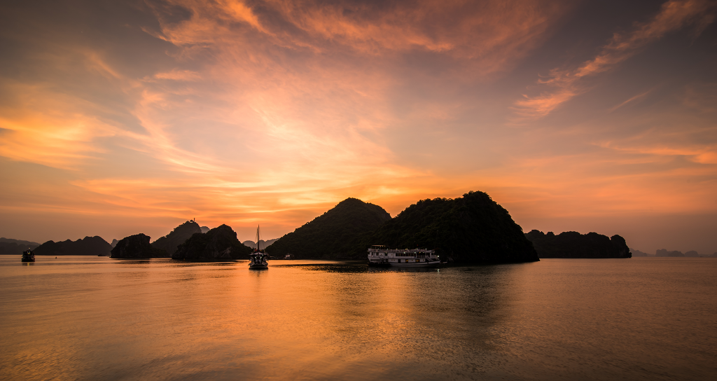 ti top island in halong bay vietnam