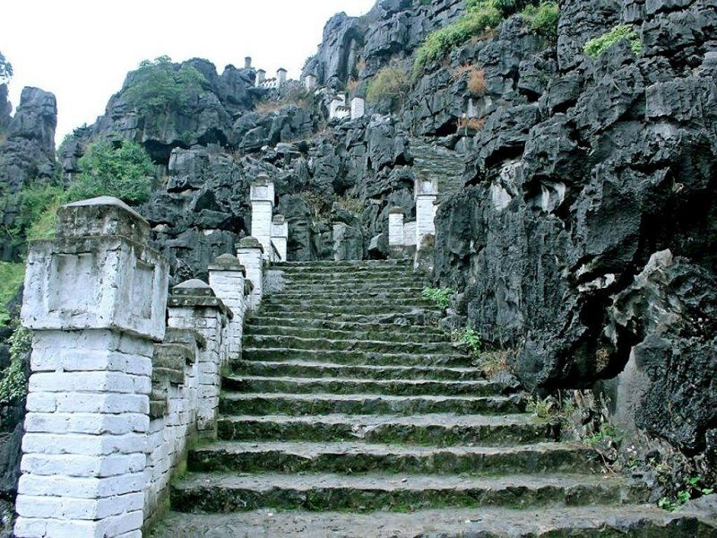 stair way to Mua Caves View Point, mua caves View point Ninh Binh