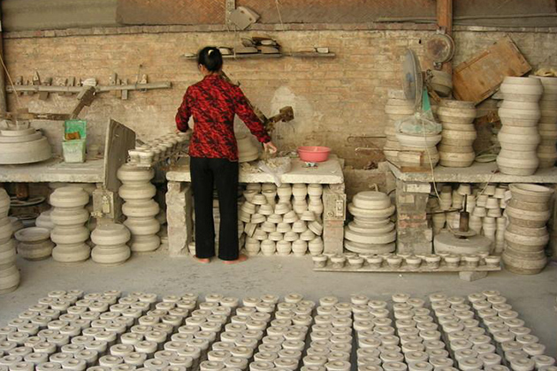 Bat-Trang-Ceramic-Village-3