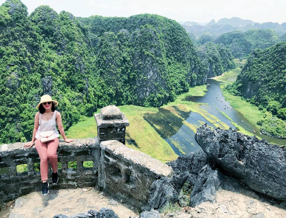 Mua Cave Tours, How to get to mua caves Ninh Binh, Mua Caves View Point, ninh binh tours