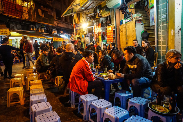 Street-Food-in-Ho-Chi-Minh-City
