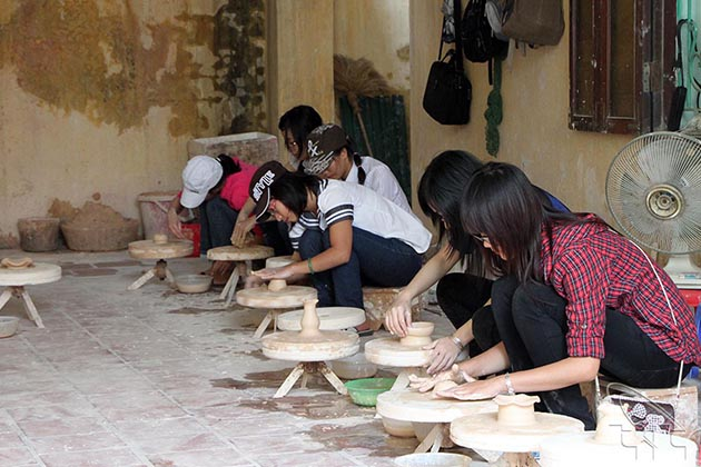 How to make ceramic product in bat trang village hanoi