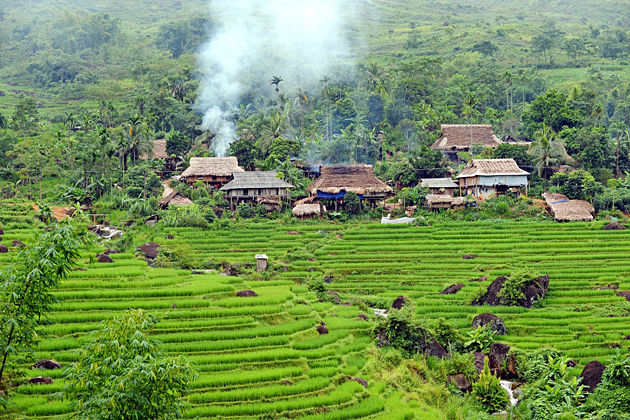 the local village in lai chau province vietnam, vietnam package tours, vietnam daily tours