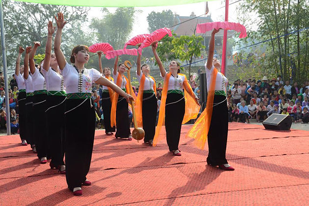 the festival in lai chau vietnam, vietnam local tours, vietnam package tours
