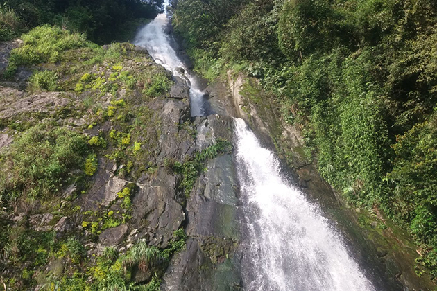 silver-waterfall-in-tam-dao