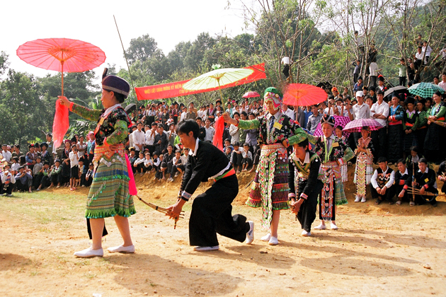 festival dance on tet holiday vietnam