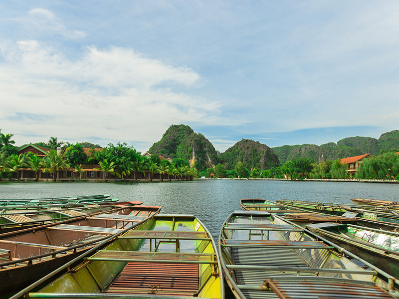 HOA LU ANCIENT CAPITAL – TAM COC BOAT RIDE – MUA CAVES HIKING